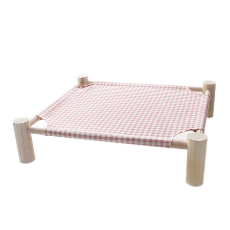 Elevated bed for cats