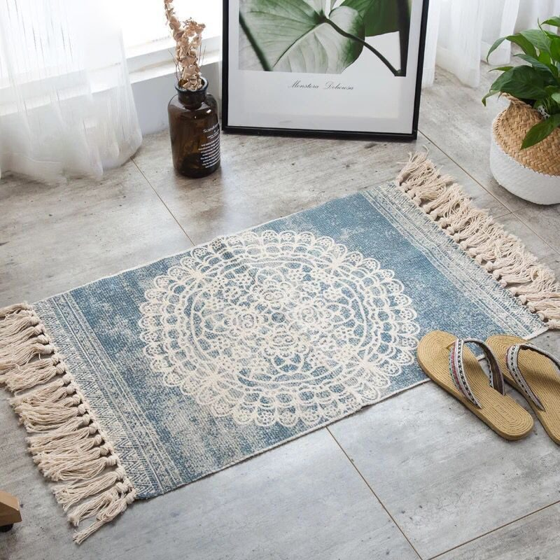 Small fringed carpet with bohimian patterns from cotton linen