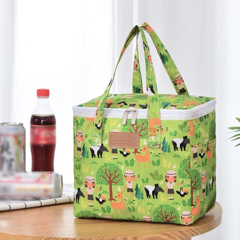 Portable lunch bag cooler with floral design