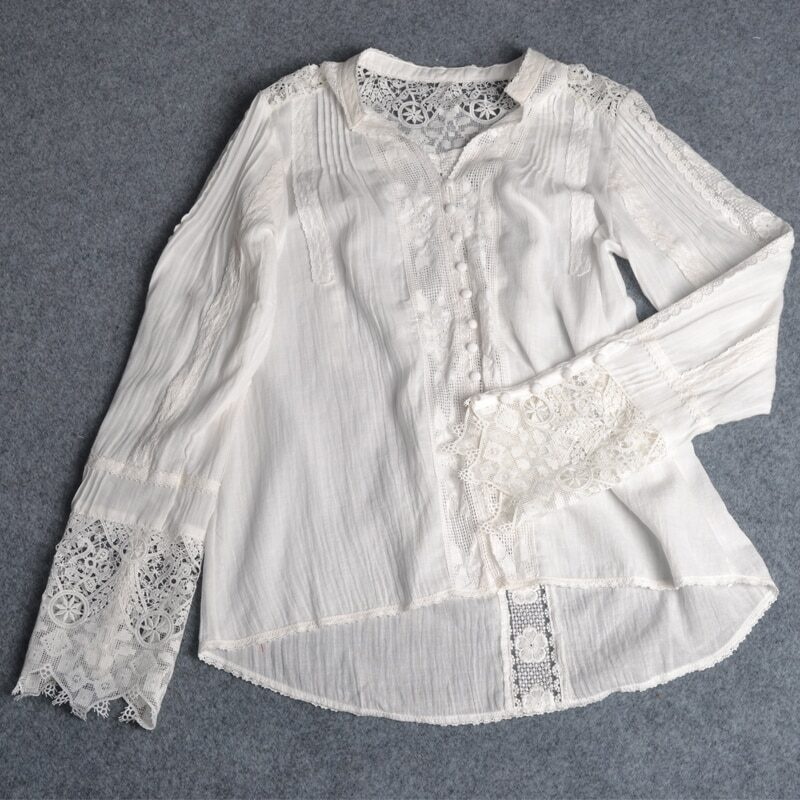 Ayualin women's blouse with long sleeves and floral lace
