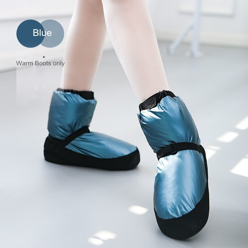 Warm shoes for girls and women
