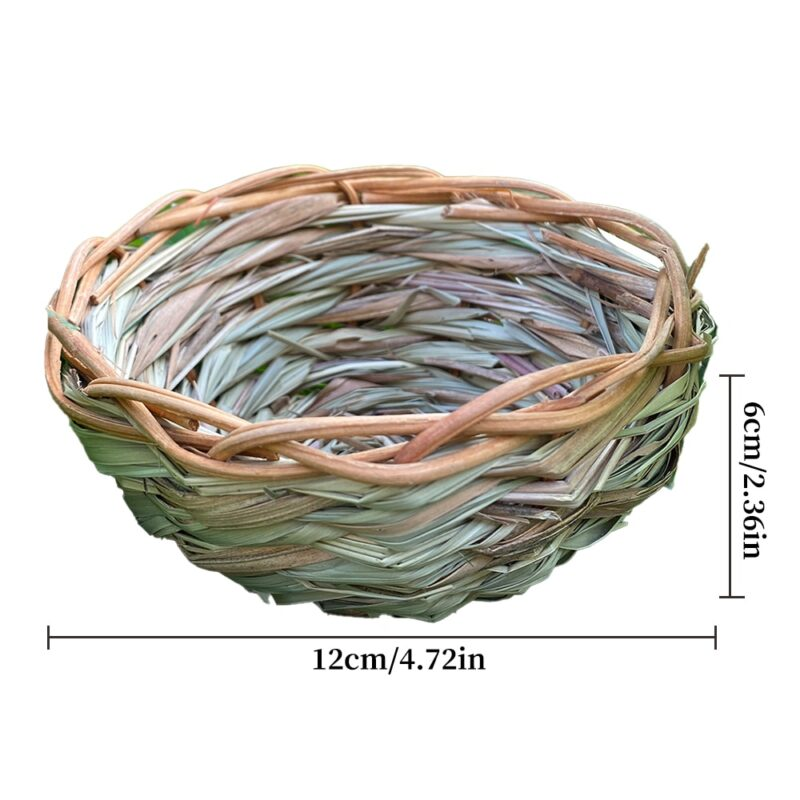 Natural grass nests in various designs