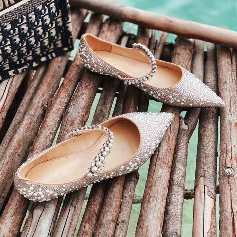 Women's wedding pumps with pearls and strap